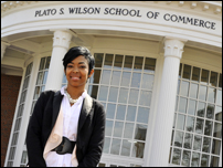 Students Develop Entrepreneurship Club at HPU