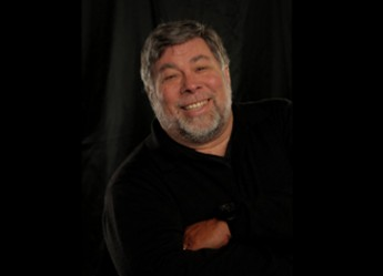 Apple Co-Founder Steve Wozniak to Give Commencement Address to Largest Graduating Class