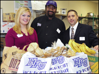 HPU Develops Food Donation Program, Helps Local Pantries
