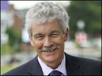 Professor Attends International Workshop on Evolutionary Dentistry in Durham