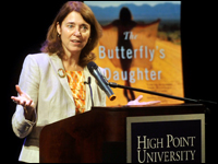 HPU Hosts Best-Selling Author Mary Alice Monroe
