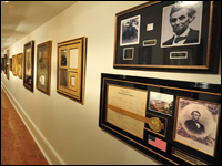 Sechrest Gallery Exhibits Rare Collection of Presidential Memorabilia
