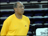 HPU Alum Tubby Smith Brings Golden Gophers Basketball Team To HPU To Prepare For NCAA Tournament