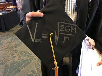 Six Physics Majors Graduate in the 2017 Class