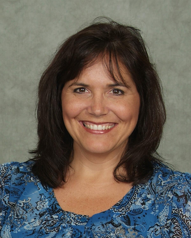 Carol Earnhardt