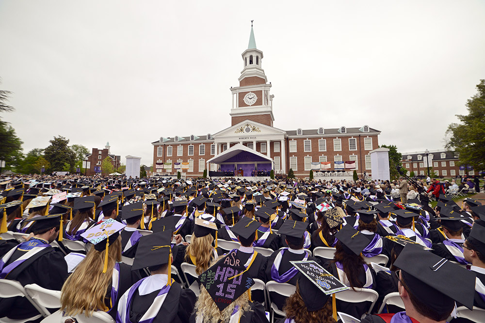 More than 10,000 people fill the Roberts Hall lawn.