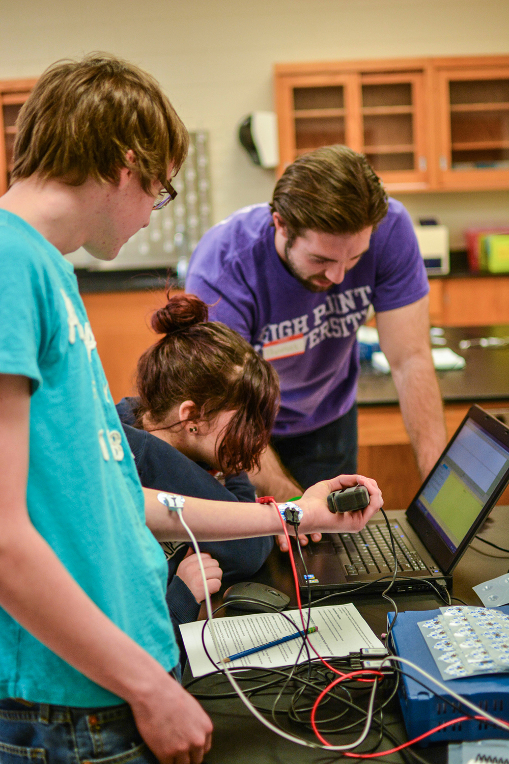 Local high school students from the Penn-Griffin School for the Arts conducted science experiments alongside HPU undergraduates.